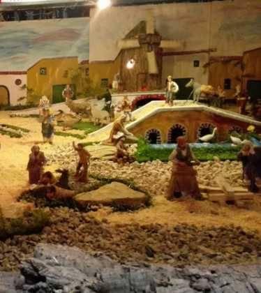 07 Belen de Jesus Lopez Escribano 22Chamusca2216 374x420 - Galería de imágenes de la III Muestra de belenes de Herencia