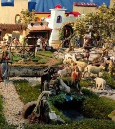 07 Belen de Jesus Lopez Escribano 22Chamusca2217 374x420 - Galería de imágenes de la III Muestra de belenes de Herencia