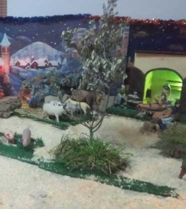 09 Belen de la ermita de San Jose realizado por Chamusca01 373x420 - Galería de imágenes de la III Muestra de belenes de Herencia