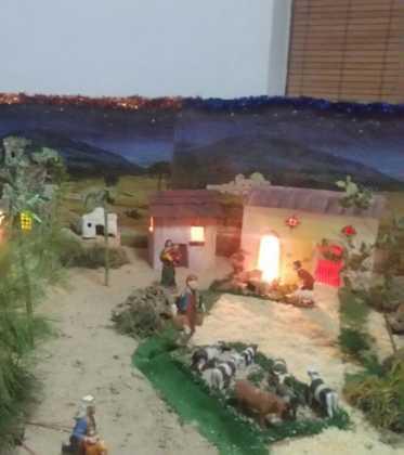 09 Belen de la ermita de San Jose realizado por Chamusca02 373x420 - Galería de imágenes de la III Muestra de belenes de Herencia