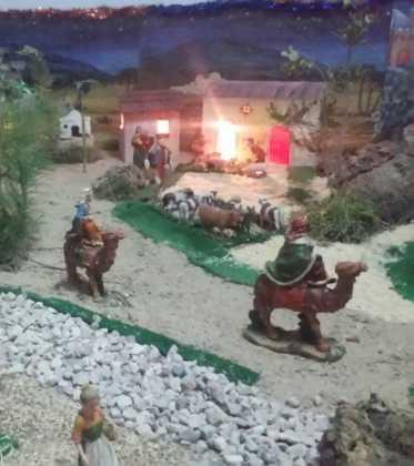 09 Belen de la ermita de San Jose realizado por Chamusca04 373x420 - Galería de imágenes de la III Muestra de belenes de Herencia