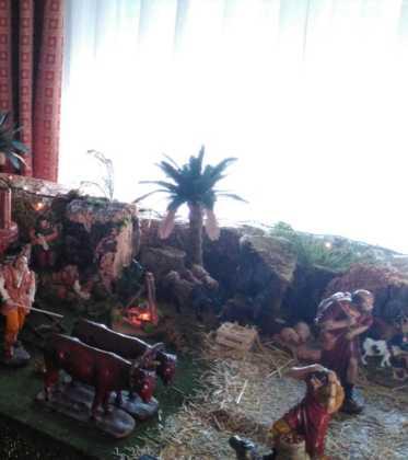 10 Belen de la Gema Gallego de la Sacristana01 373x420 - Galería de imágenes de la III Muestra de belenes de Herencia