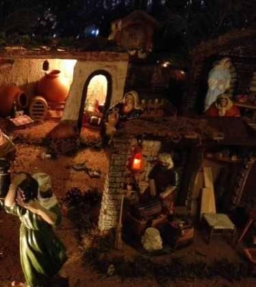 10 Belen de la Gema Gallego de la Sacristana06 374x420 - Galería de imágenes de la III Muestra de belenes de Herencia