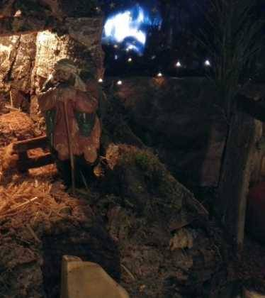10 Belen de la Gema Gallego de la Sacristana07 374x420 - Galería de imágenes de la III Muestra de belenes de Herencia