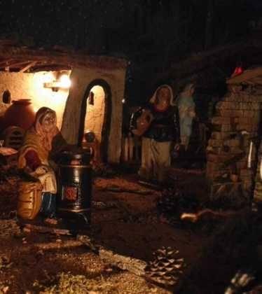 10 Belen de la Gema Gallego de la Sacristana24 374x420 - Galería de imágenes de la III Muestra de belenes de Herencia