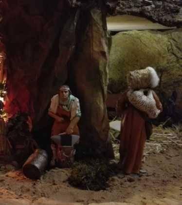 11 Belen de Ascen Diaz14 374x420 - Galería de imágenes de la III Muestra de belenes de Herencia