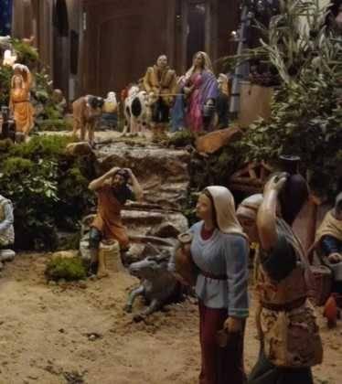 11 Belen de Ascen Diaz15 374x420 - Galería de imágenes de la III Muestra de belenes de Herencia