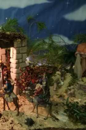 12 Belen de la ermita de la Encarnacion Inmaculada Moraleda07 280x420 - Galería de imágenes de la III Muestra de belenes de Herencia