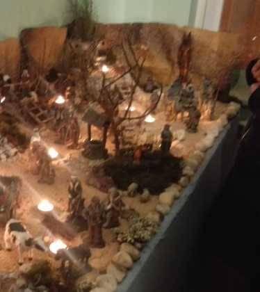 13 Belen de Jesus Gomez Calcerrada07 374x420 - Galería de imágenes de la III Muestra de belenes de Herencia