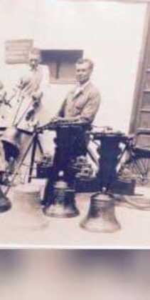 Antigua imagen de la empresa campanas Hermanos Mendoza 211x420 - Nueva campana para la ermita de San José