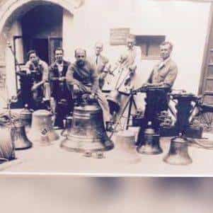 Antigua imagen de la empresa campanas Hermanos Mendoza - Nueva campana para la ermita de San José