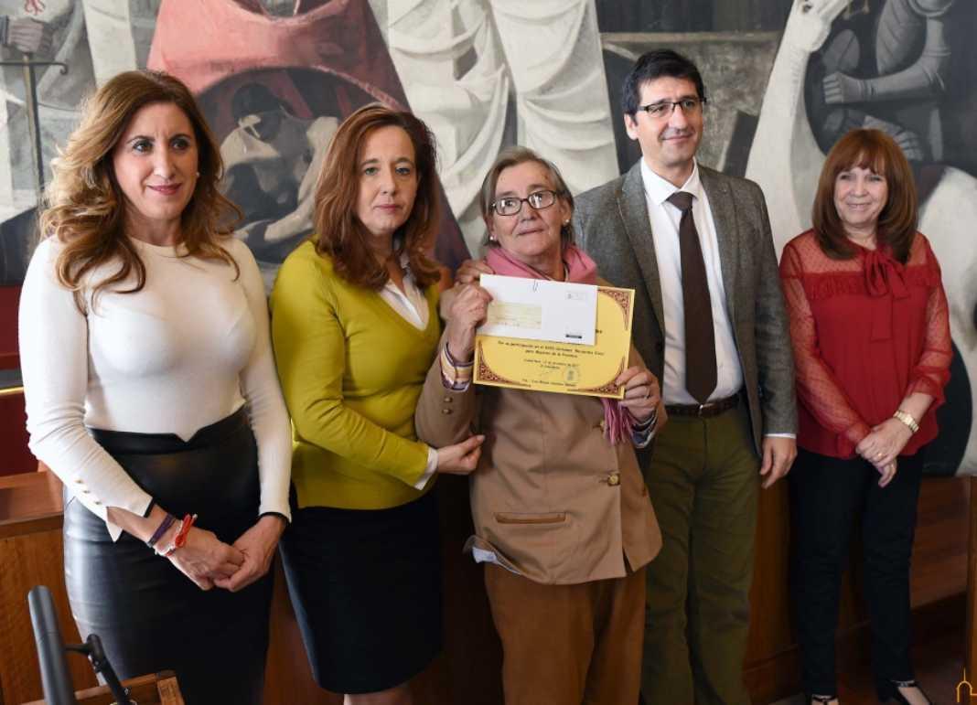 María Victoria Marcos premiada en el certamen Recuerdos Vivos de la diputacion 1068x771 - La herenciana María Victoria Marcos premiada en el Certamen Provincial Recuerdos Vivos