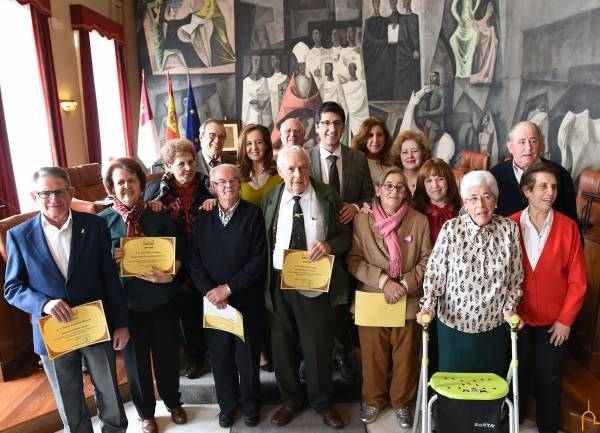María Victoria Marcos premiada en el certamen Recuerdos Vivos de la diputacion1 - La herenciana María Victoria Marcos premiada en el Certamen Provincial Recuerdos Vivos