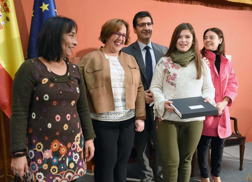 Dos alumnas del colegio Ntra. Sra. de Las Mercedes premiadas por la Diputación 7