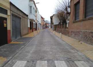 Abierta a la circulación la renovada calle Francisco Fernández Mazarambroz