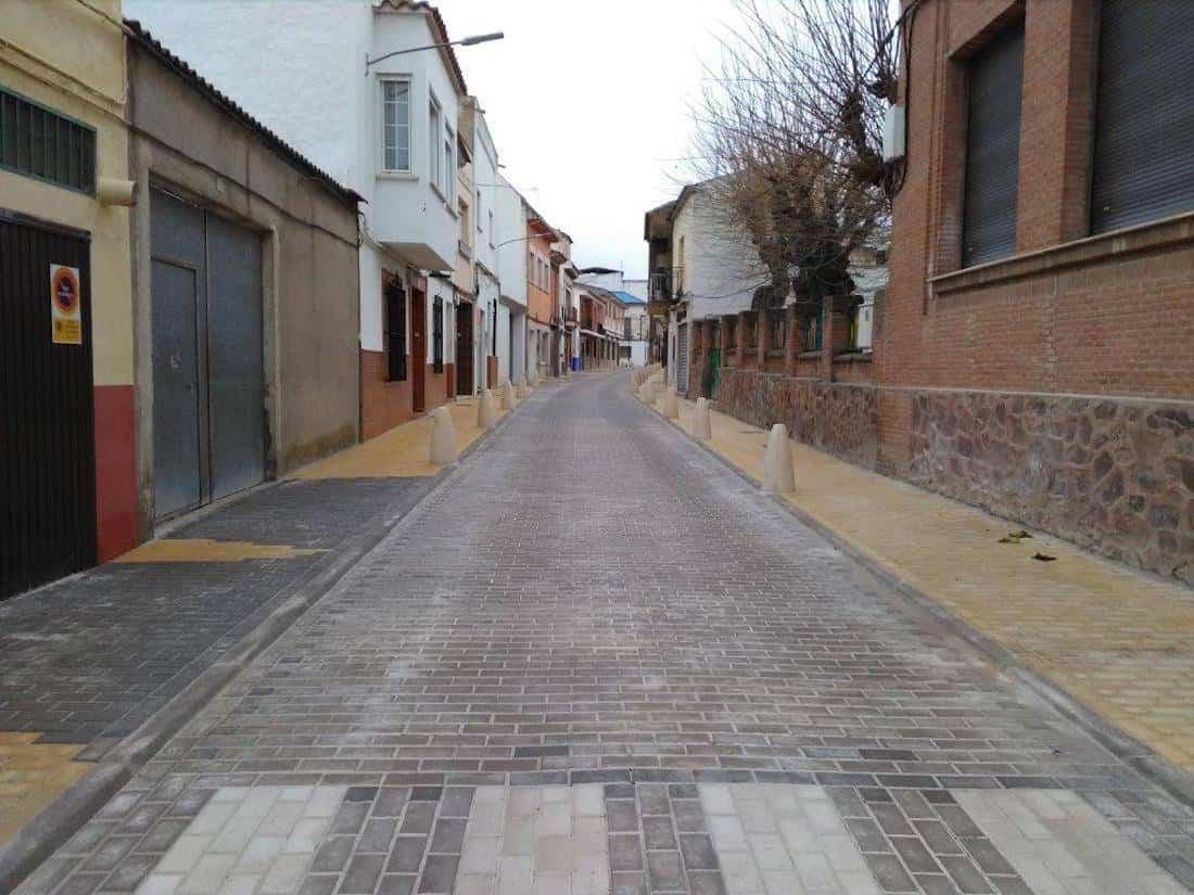 calle francisco fernandez mazarambroz semipeatonal - Abierta a la circulación la renovada calle Francisco Fernández Mazarambroz