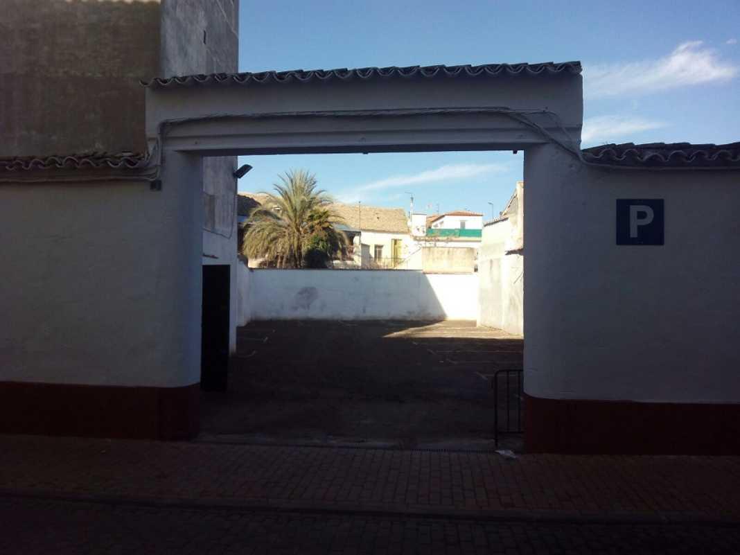 nuevo aparcamiento de la travesia concepion de herencia1 1068x801 - Abierto el nuevo aparcamiento público de la Travesía Concepción