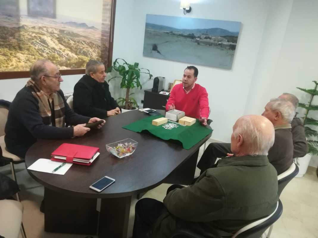 reunion consejo mayores herencia 1068x801 - El Consejo de Mayores se reúne para analizar 2017 hablar de 2018