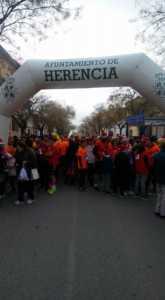 san silvestre 2017 en herencia 10 165x300 - Fotografías de la I San Silvestre en Herencia contra el cáncer