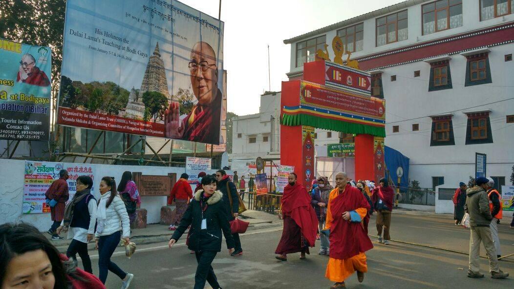 elias Escribano Perle por el mundo y su movido comienzo de año4 - Perlé y su movidito Año Nuevo: del Dalai Lama, de un robo y de otras inolvidables historias