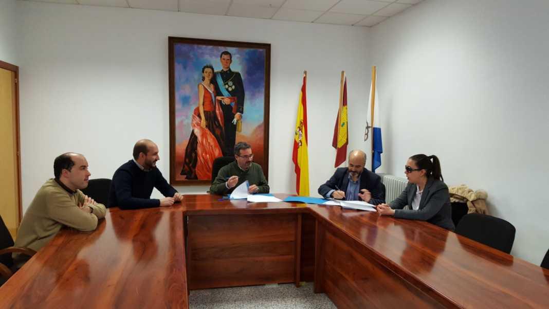firma con ilunion 1068x601 - La web de Mancha Norte será accesible