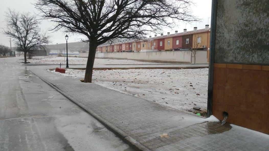 granizo 2018 enero 14 herencia 2 - Una tormenta de granizo descarga en Herencia más de 6 litros