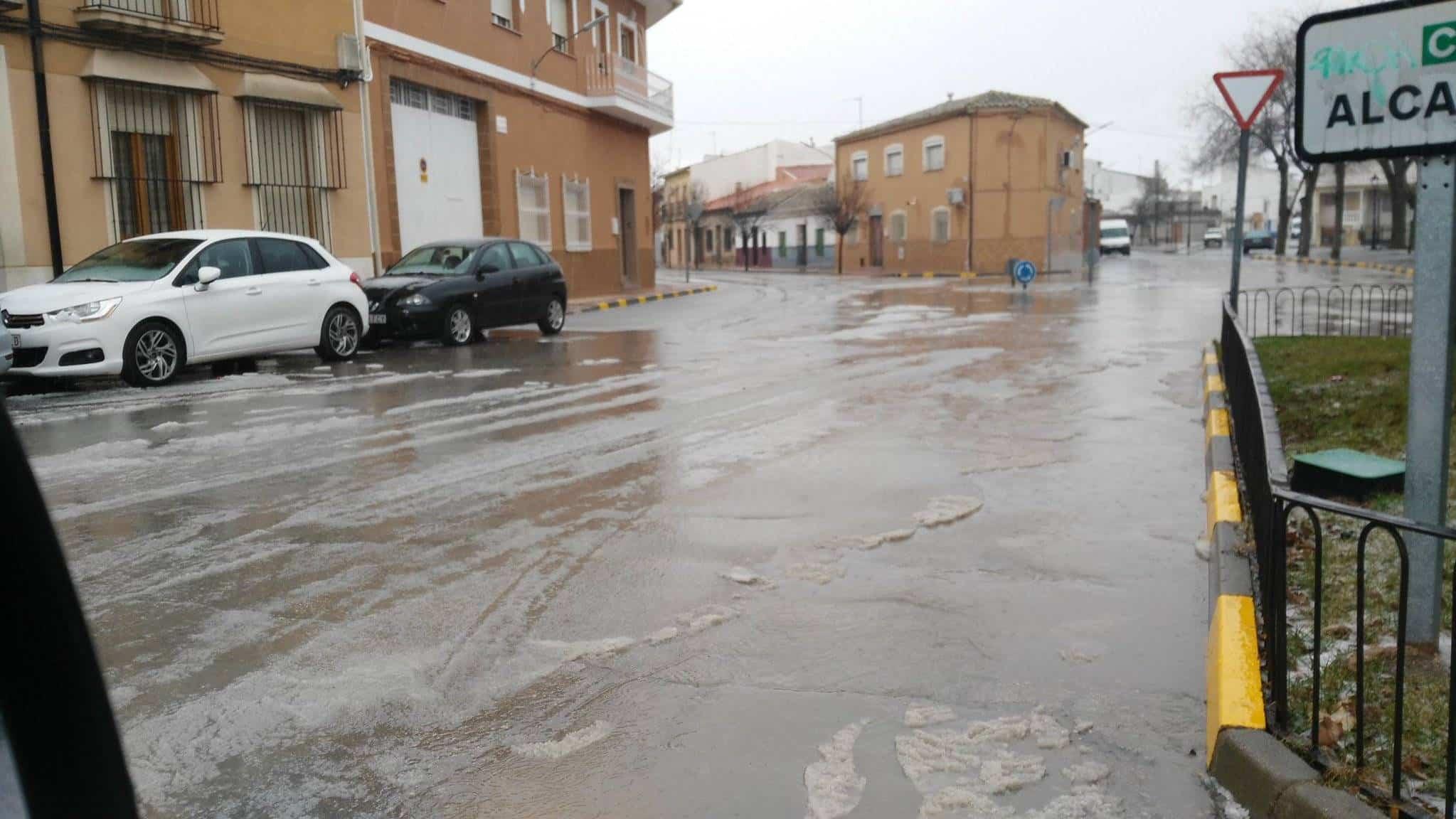 Una tormenta de granizo descarga en Herencia más de 6 litros 10