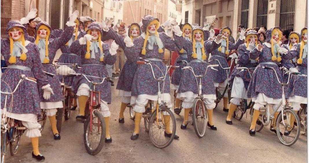 grupos responsable dinamizacion carnaval herencia 6 1068x563 - Fotografías de grupos de animación del Carnaval