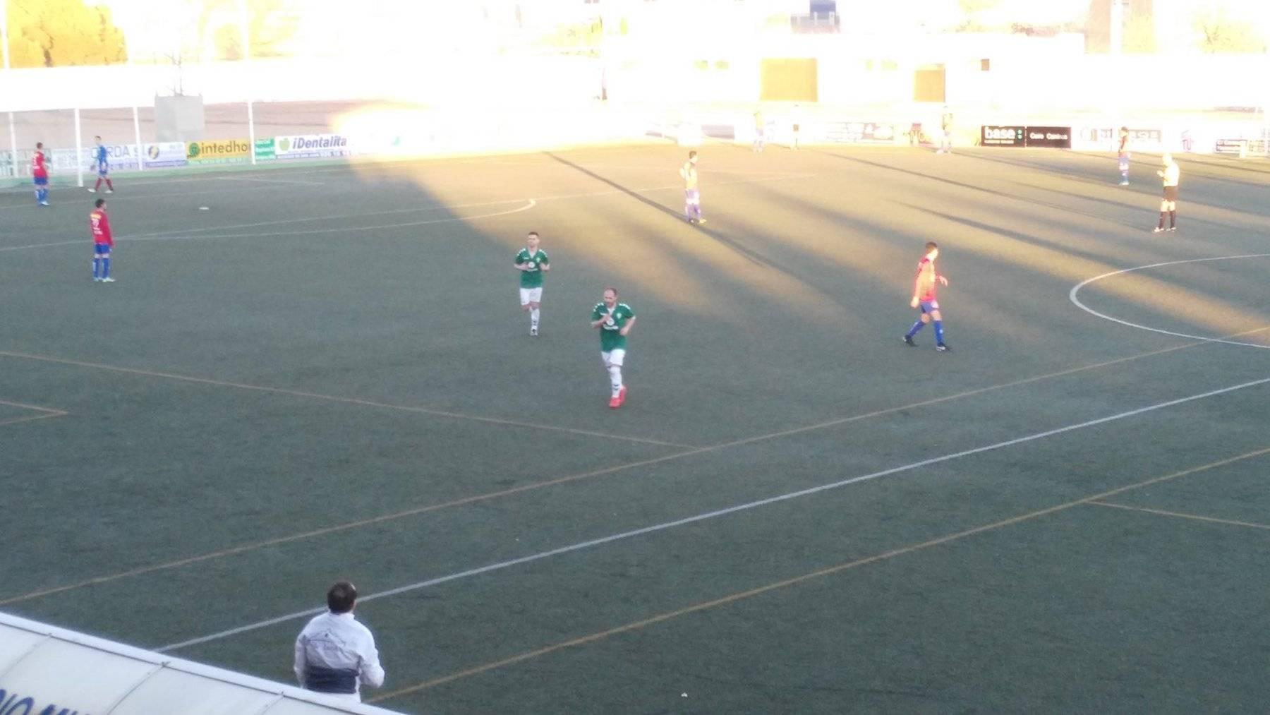 herencia aldea futbol eduardo corrales - C.D.B Herencia venció 3-0 al Aldea en el Fernández de la Puebla