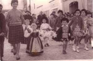 jinetas carnaval herencia fotos 3 300x196 - Las Jinetas, símbolo fundamental del Carnaval de Herencia