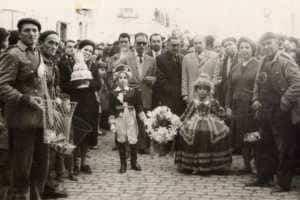 jinetas carnaval herencia fotos 8 300x200 - Las Jinetas, símbolo fundamental del Carnaval de Herencia