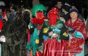 "mascara callejera carnaval herencia 12 300x190 - La ""máscara callejera"" del Carnaval de Herencia"
