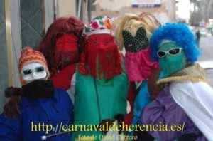 "mascara callejera carnaval herencia 7 300x198 - La ""máscara callejera"" del Carnaval de Herencia"