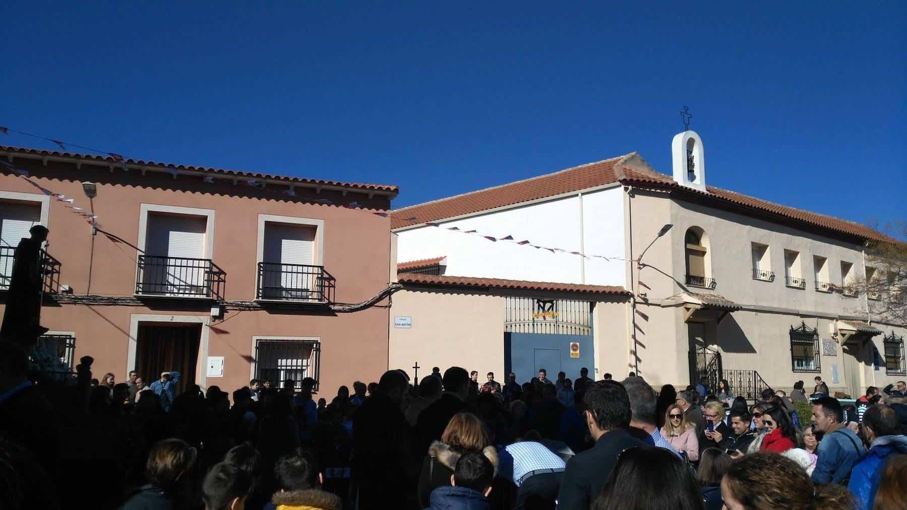 procesion san anton - Herencia celebró la festividad de San Antón con su tradicional hoguera