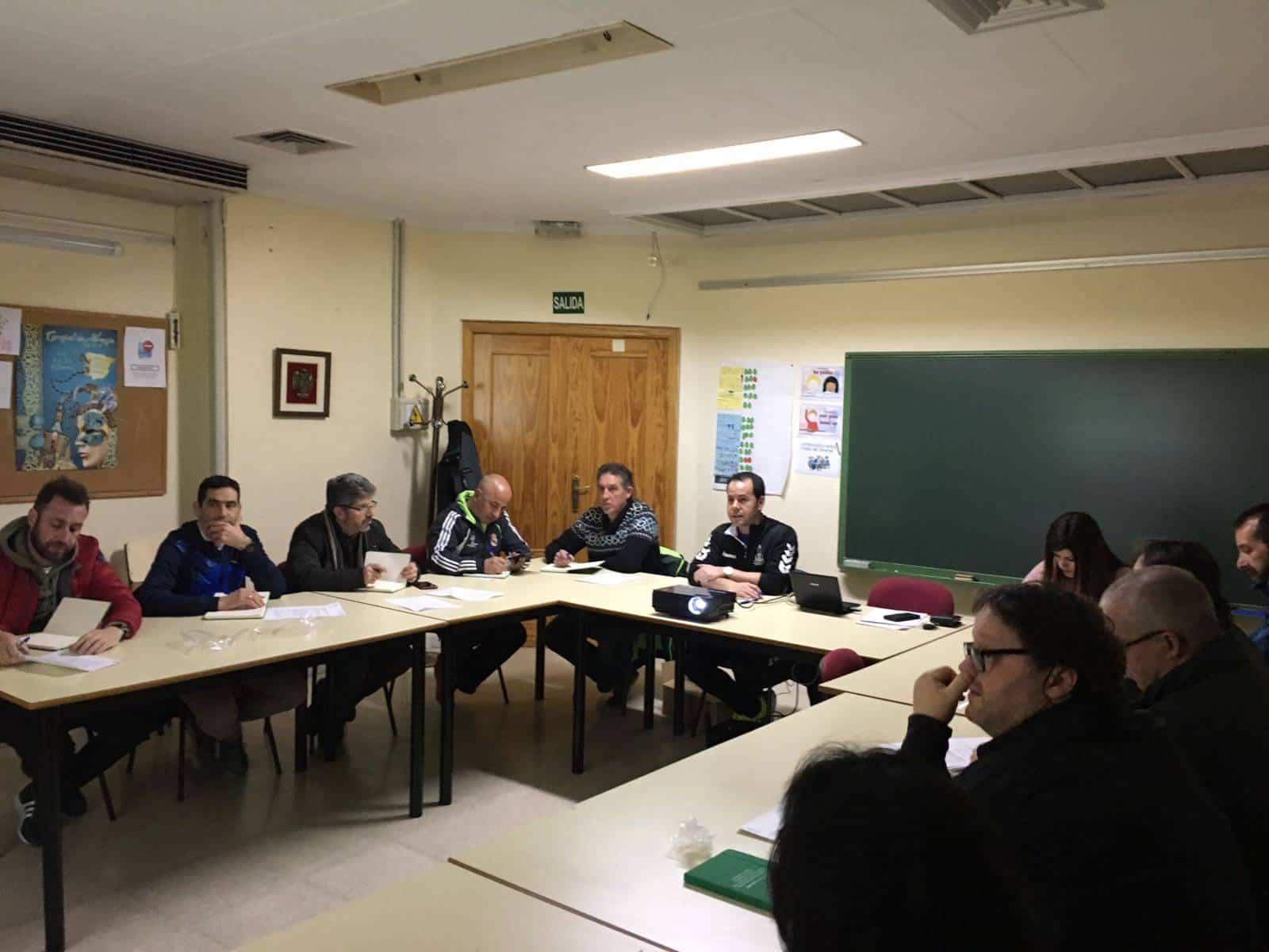 reunion consejo local deporte herencia 1 - Celebrado el Consejo Local del Deporte en Herencia