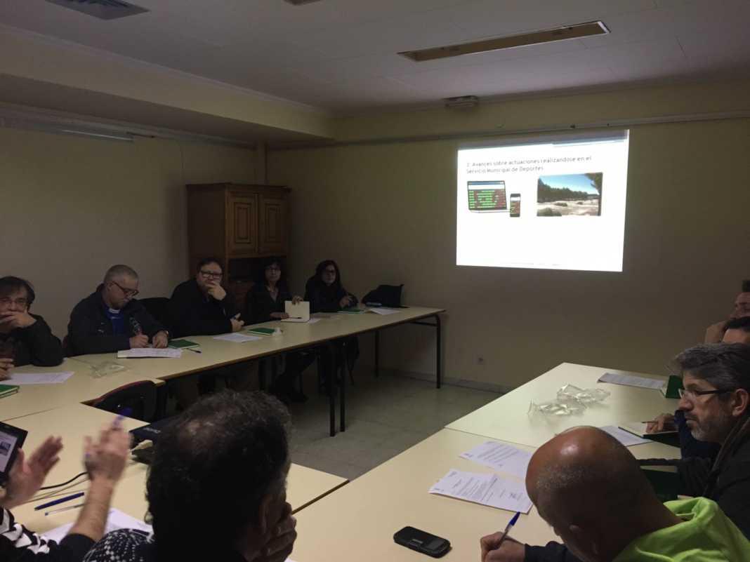 reunion consejo local deporte herencia 1068x801 - Celebrado el Consejo Local del Deporte en Herencia