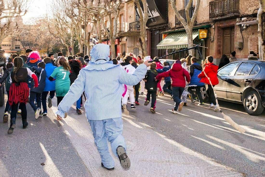 Carnaval de herencia 2018 perle corriendo - Herencia ya está inmersa en su Carnaval Nacional