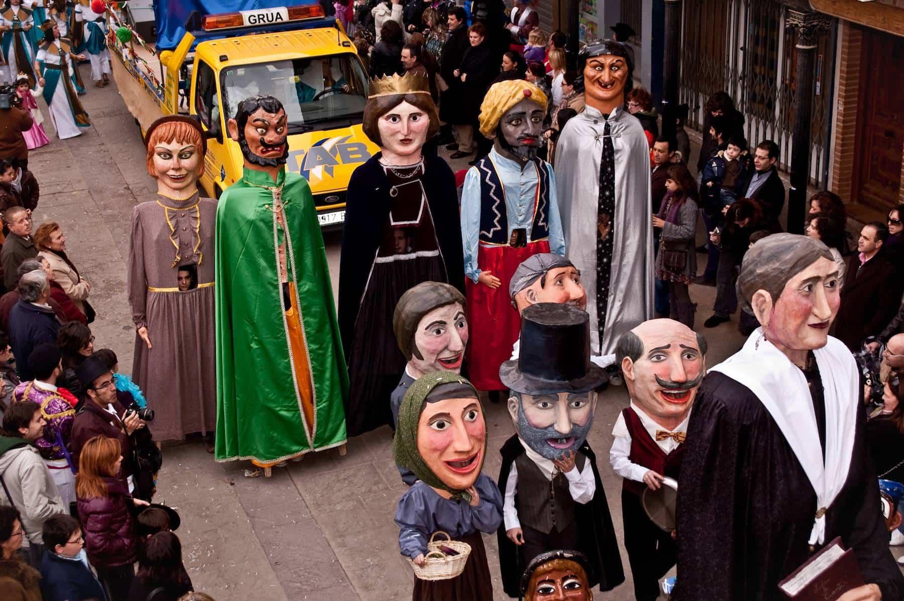 Gigantes y Cabezudos del Carnaval de Herencia 2010 - Fijados los días festivos locales de 2019 para el Carnaval y las fiestas de la Merced