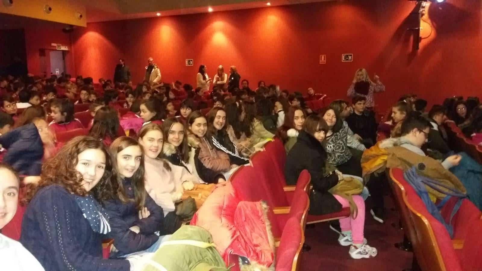 alumnos contra el acoso escolar - IES Hermógenes Rodríguez contra el acoso escolar