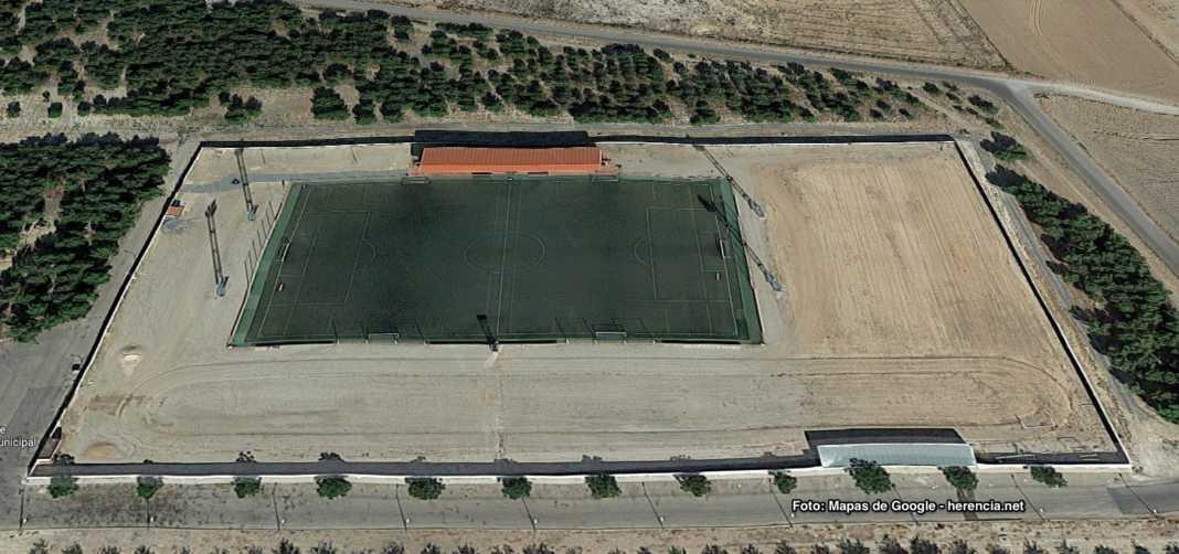 campo de futbol herencia mapa aereo 1068x502 - Próxima renovación del césped del Campo de Fútbol y nuevo campo de fútbol 8