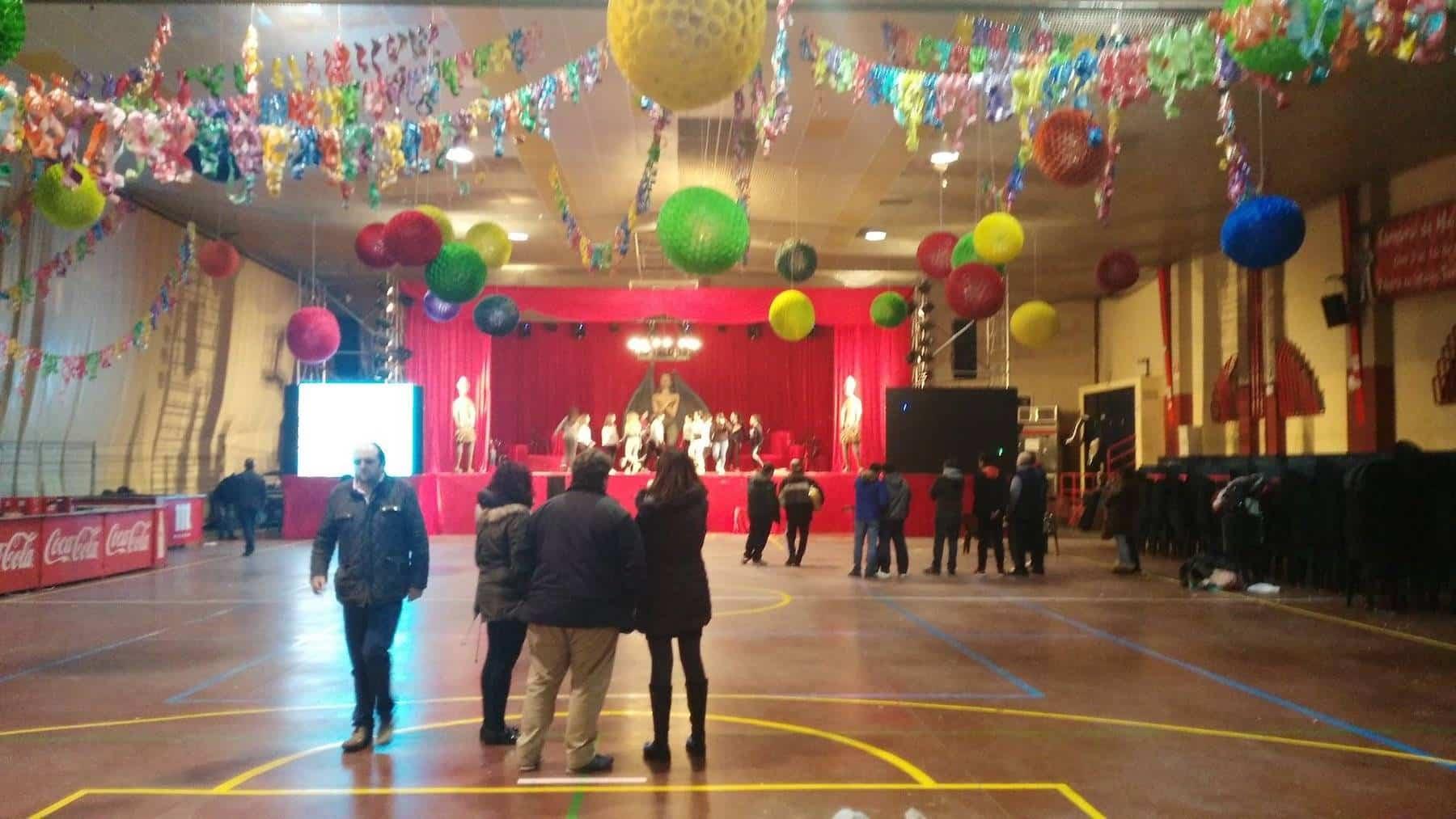 decoracion palacio carnaval herencia - La inauguración del Carnaval de Herencia en directo por Facebook