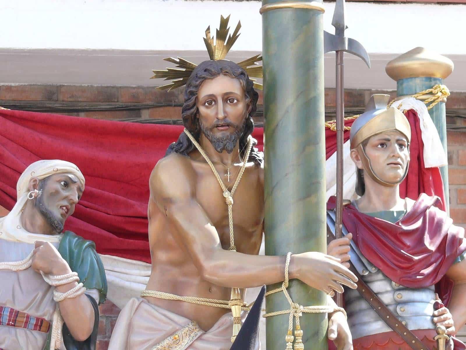 Acto cofrade de la hermandad del Santo y besamanos del Cristo de la Columna 9