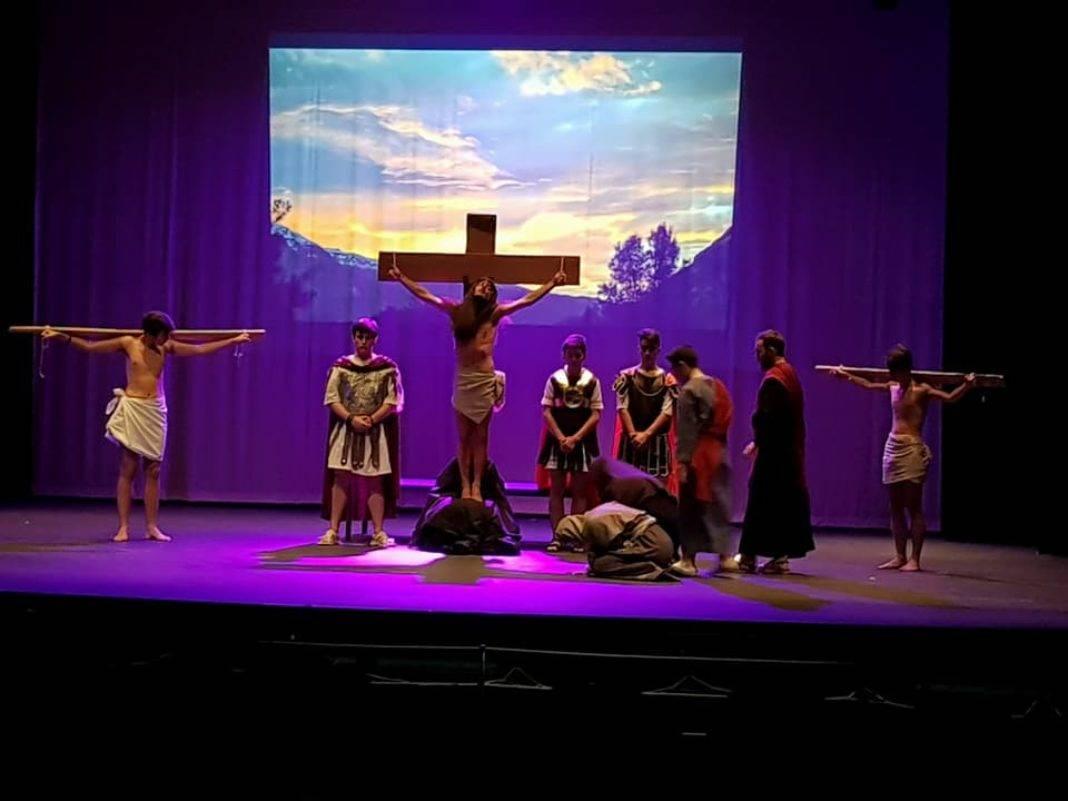 """El grupo scout """"La Inmaculada"""" representa la pasión de Cristo 7"""
