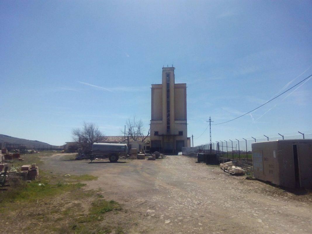 El antiguo silo de trigo de Herencia ya es de titularidad municipal 7