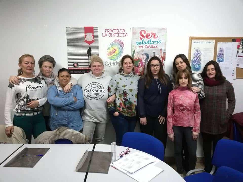 Taller de reciclaje textil de Caritas Herecia - Cáritas inicia un nuevo curso de reciclaje textil en Herencia