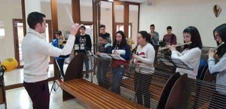 agrupacion musical santa cecilia en el programa hoy por hoy - Cadena Ser dedica un especial a la Semana Santa de Herencia