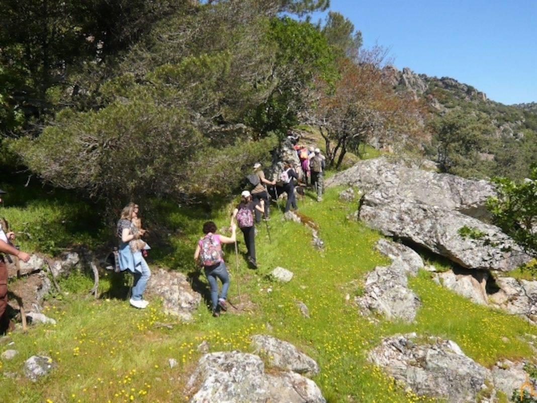 """caminamos senderos pueblos clm 1068x801 - Herencia en el programa """"Caminamos por Nuestros Senderos y Nuestros Pueblos 2018"""""""