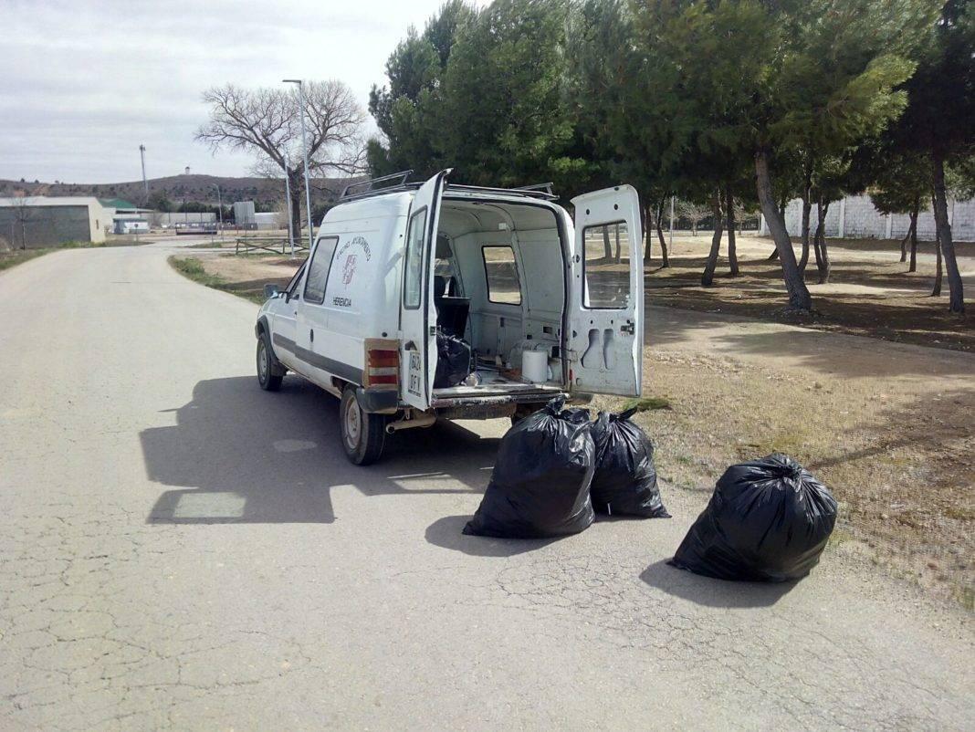 Limpieza de cunetas y márgenes de caminos en Herencia 7