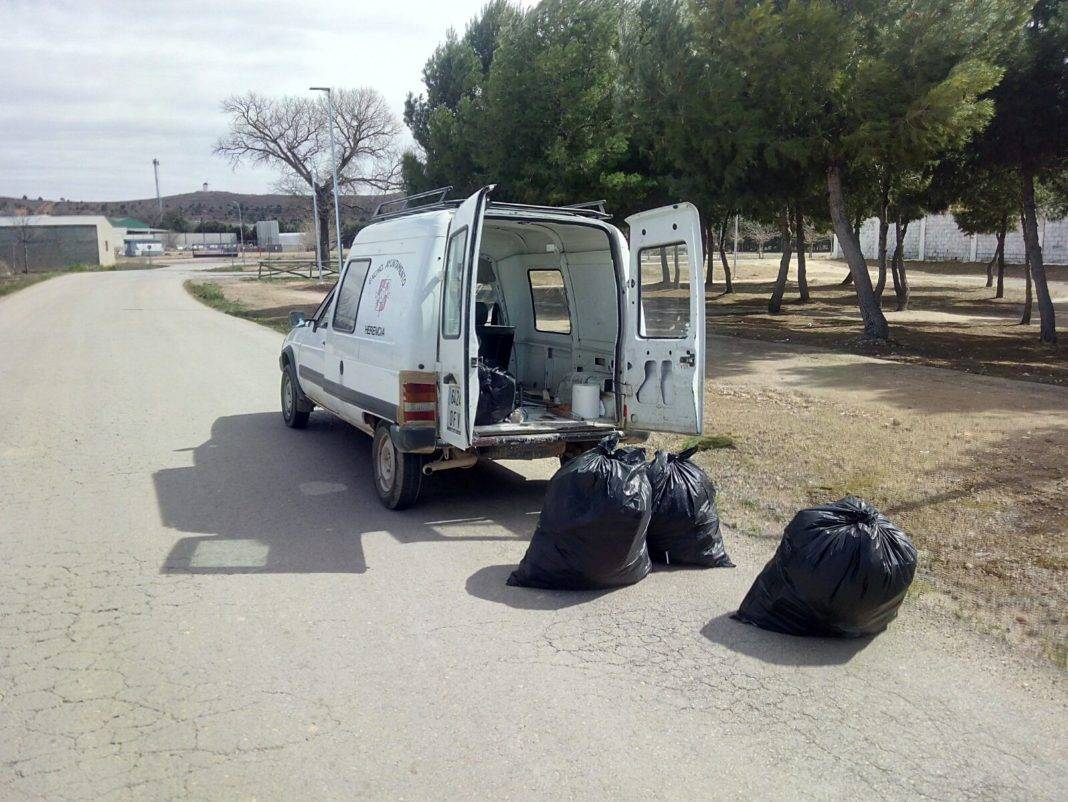 cuida tu herencia limpieza cuentas 2 1068x802 - Limpieza de cunetas y márgenes de caminos en Herencia