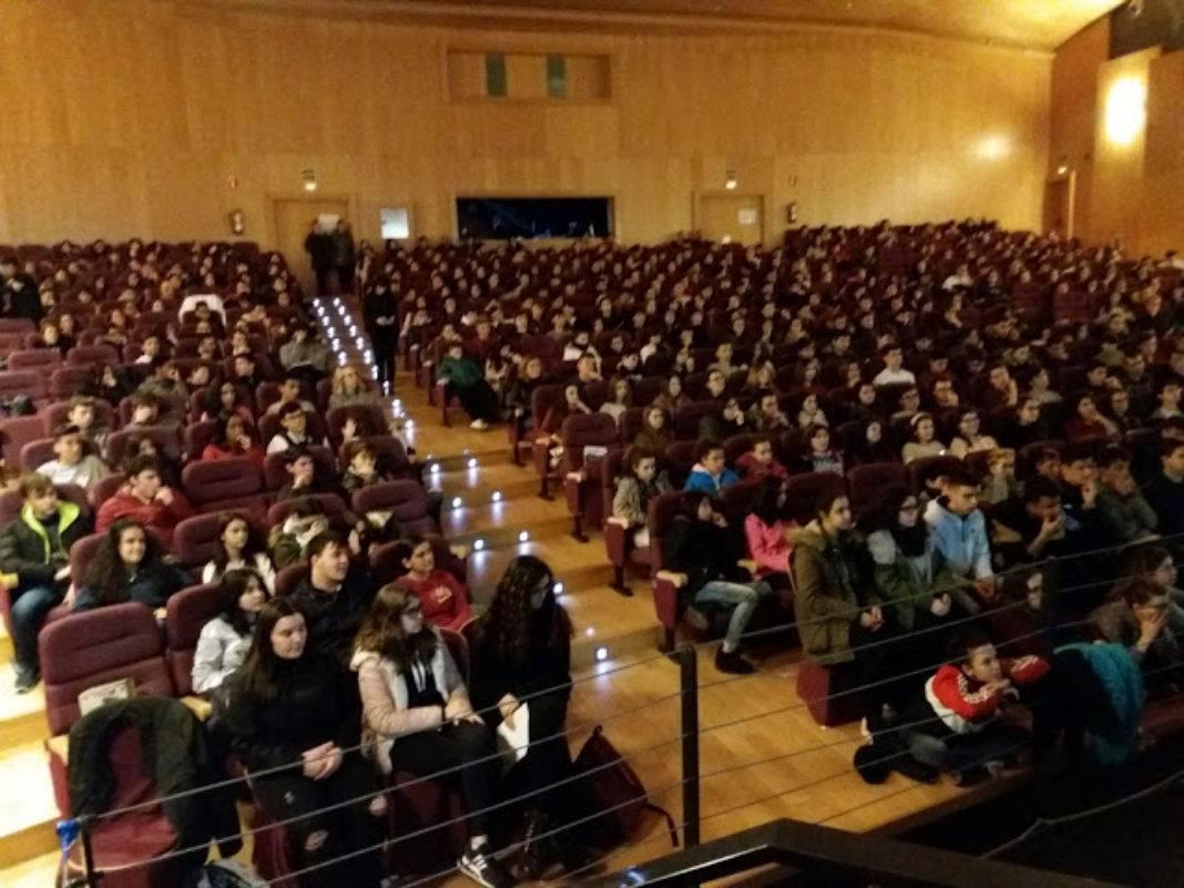 """4ª Jornada: XXII Jornadas de Educaciones y Sociedad """"Saludables"""" 16"""